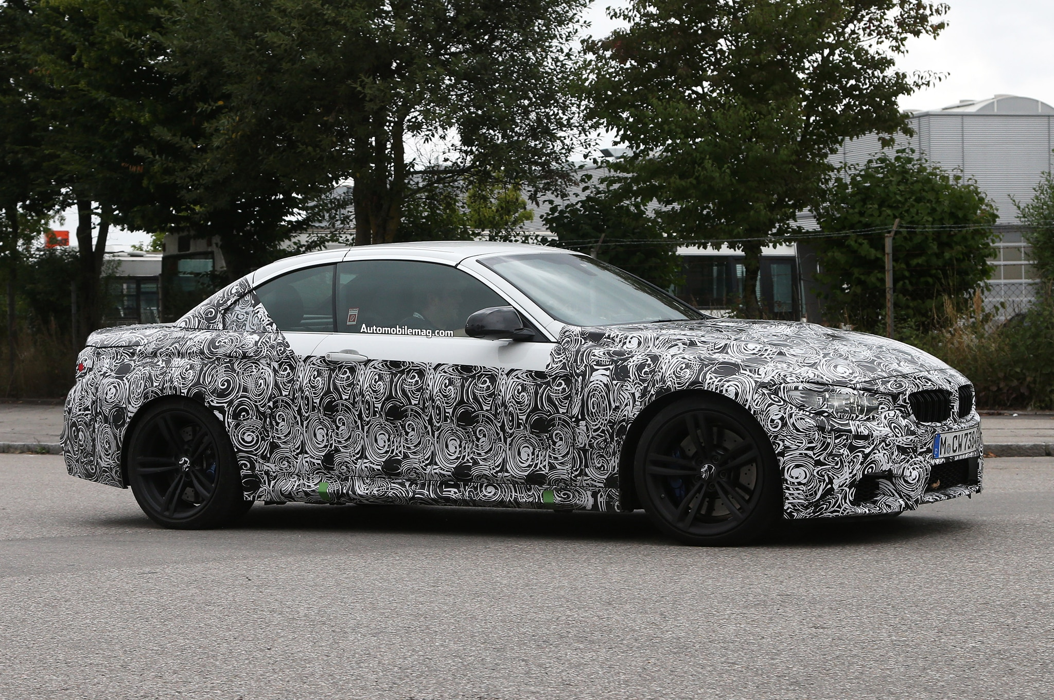 2014 BMW M4 Convertible Spied Front Three Quarter 31