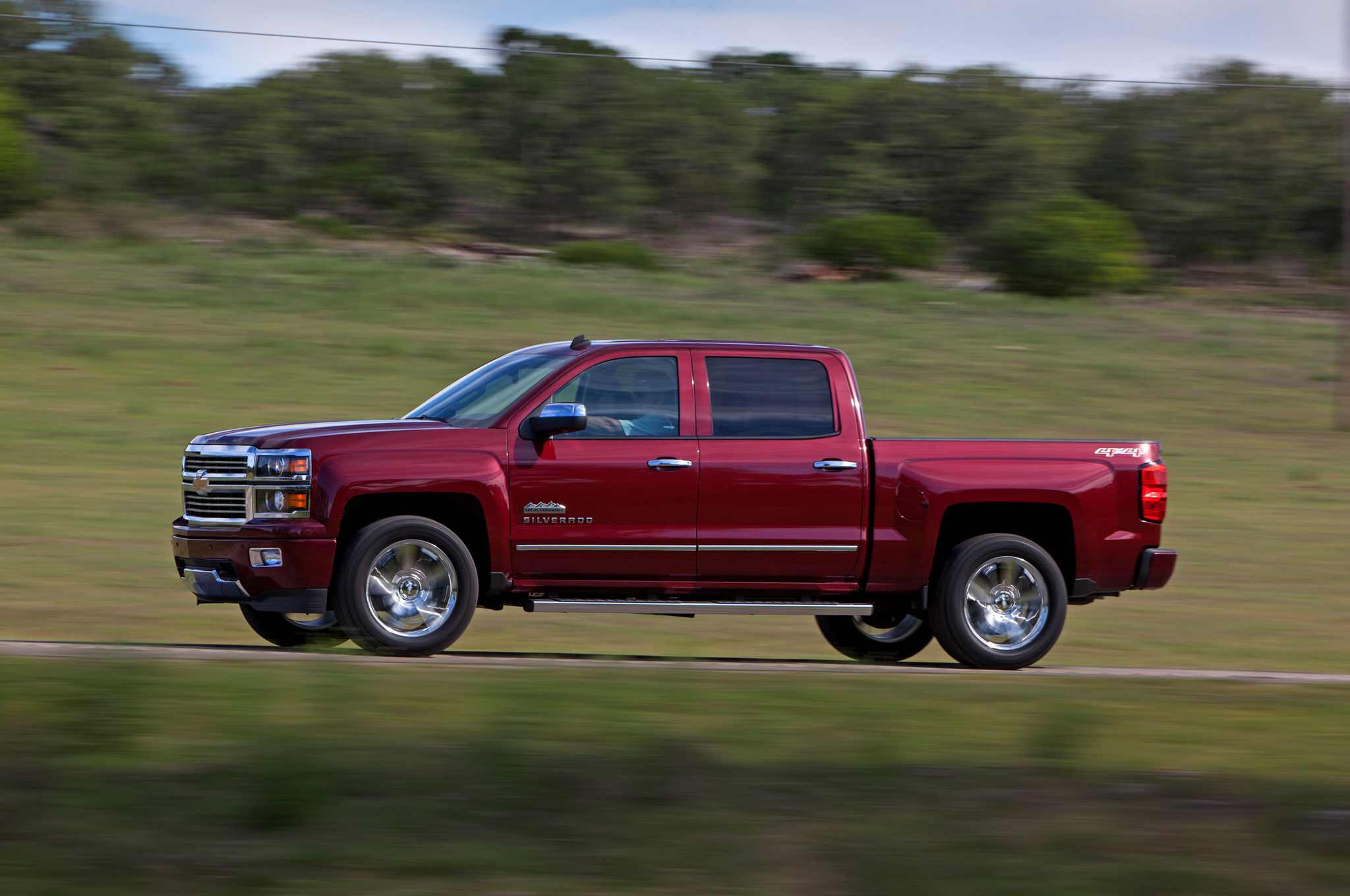 2014 Chevrolet Silverado High Country Left Side1