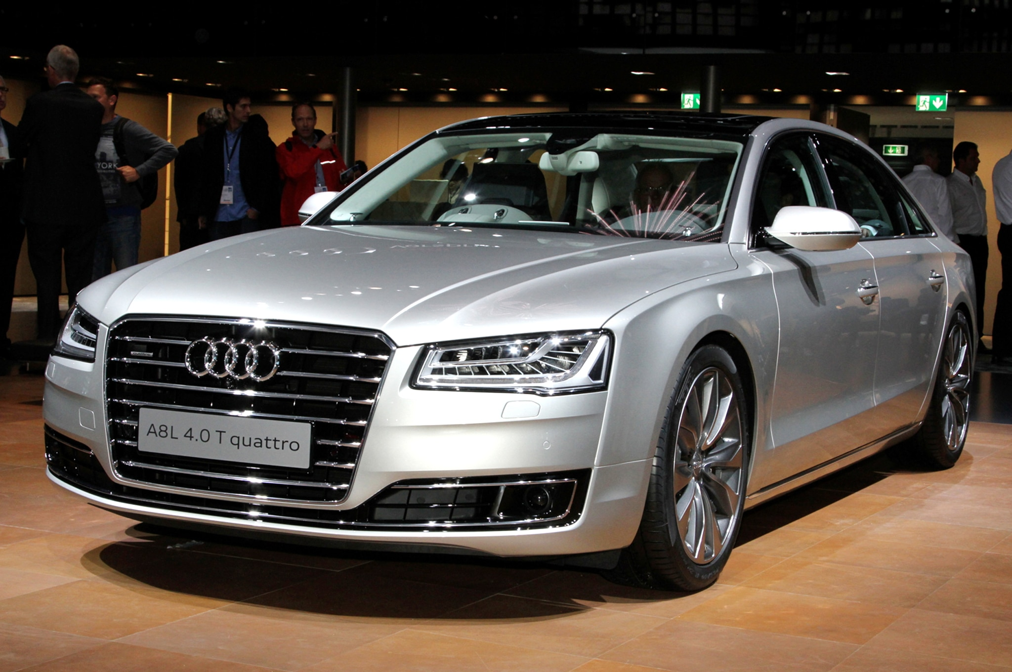 2015 Audi A8L Front Three Quarter1