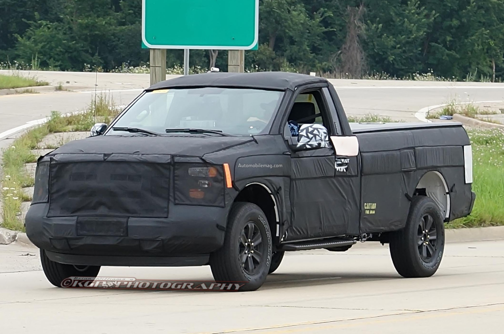2015 ford f 150 spied with different cabs bed lengths. Black Bedroom Furniture Sets. Home Design Ideas