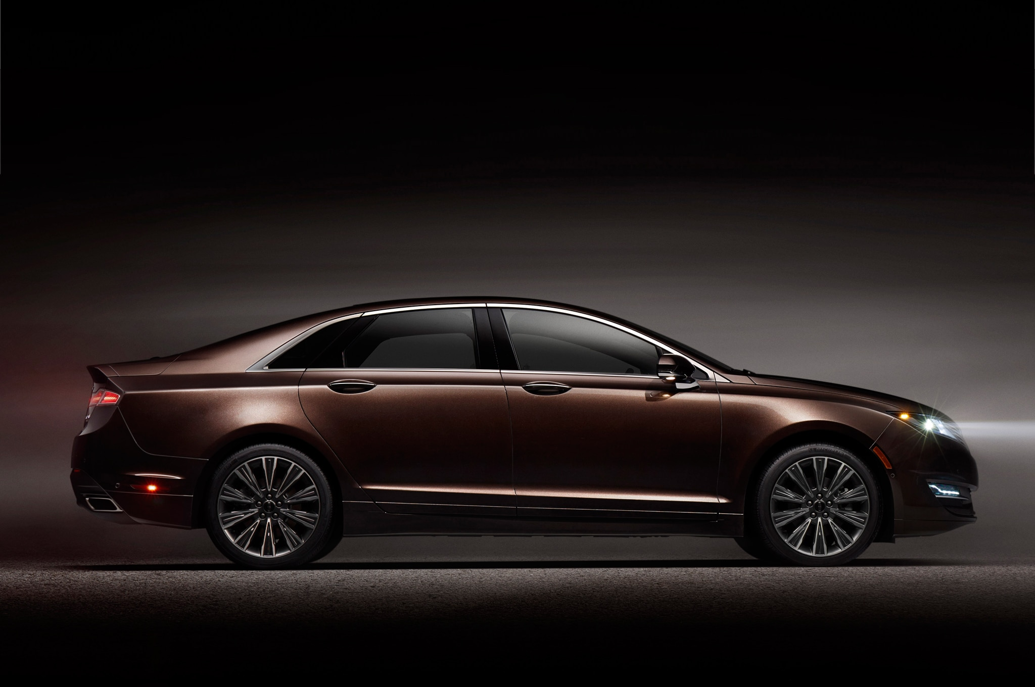 2015 Lincoln MKZ Black Label Profile1