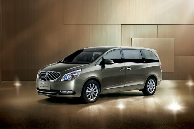 Buick GL8 Van Front Angle1 660x438