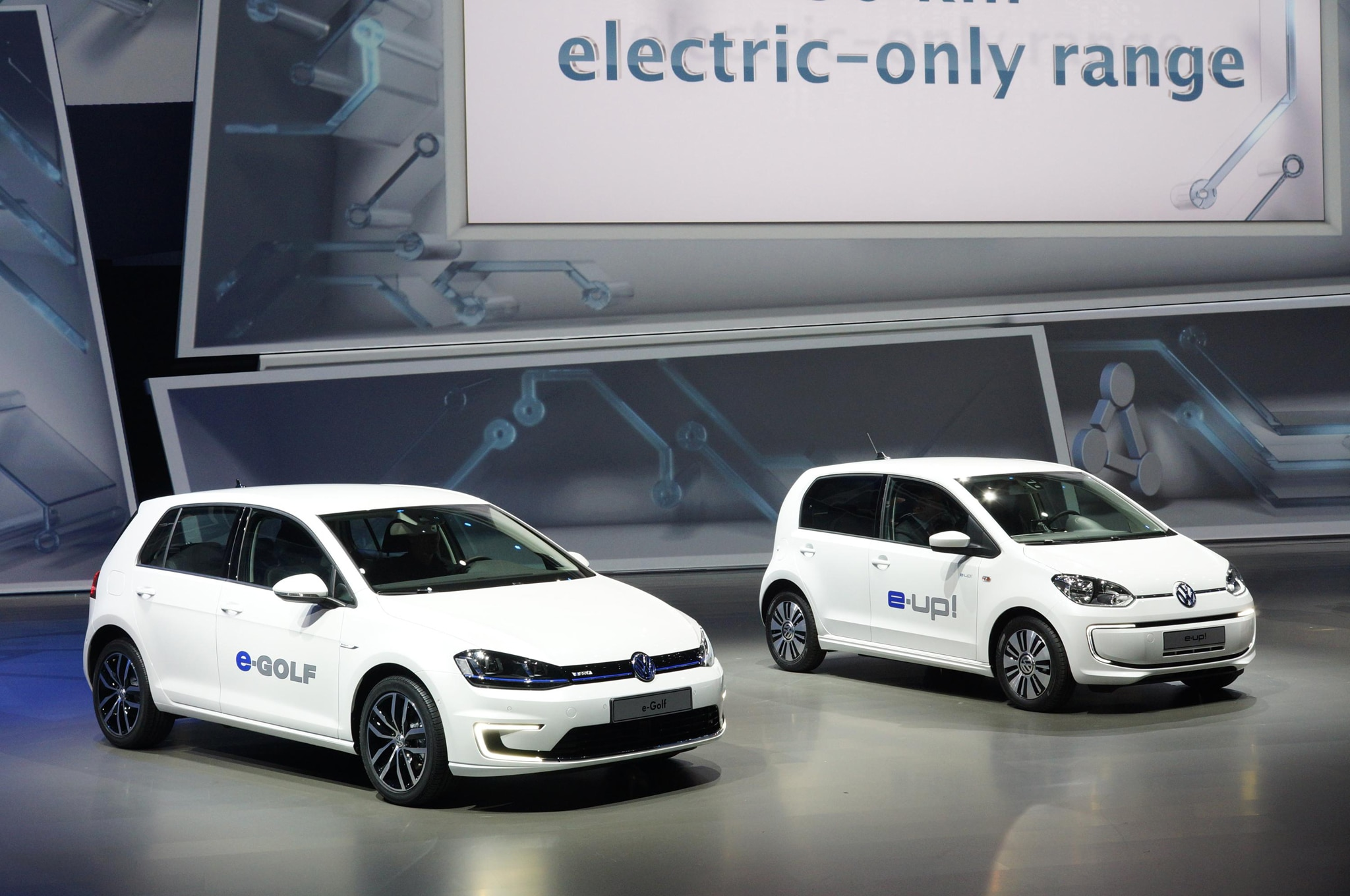 Volkswagen E Golf And E Up Front Three Quarters1