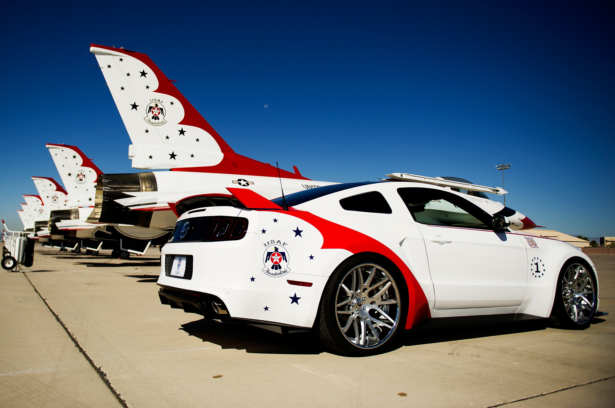 Air Force Thunderbirds 2014 Ford Mustang Gt Right Rear Angle1