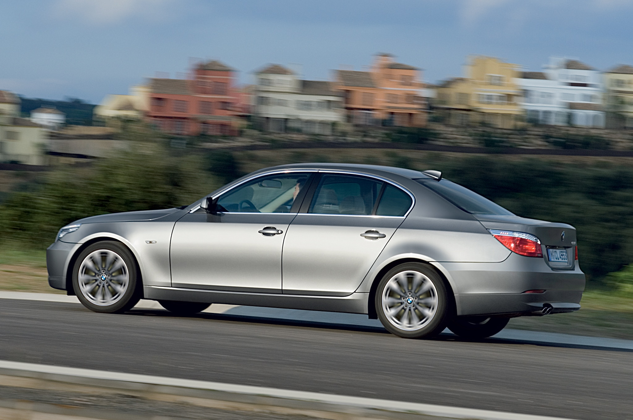 2008 2010 bmw 5 series recalled for taillight flaw. Black Bedroom Furniture Sets. Home Design Ideas