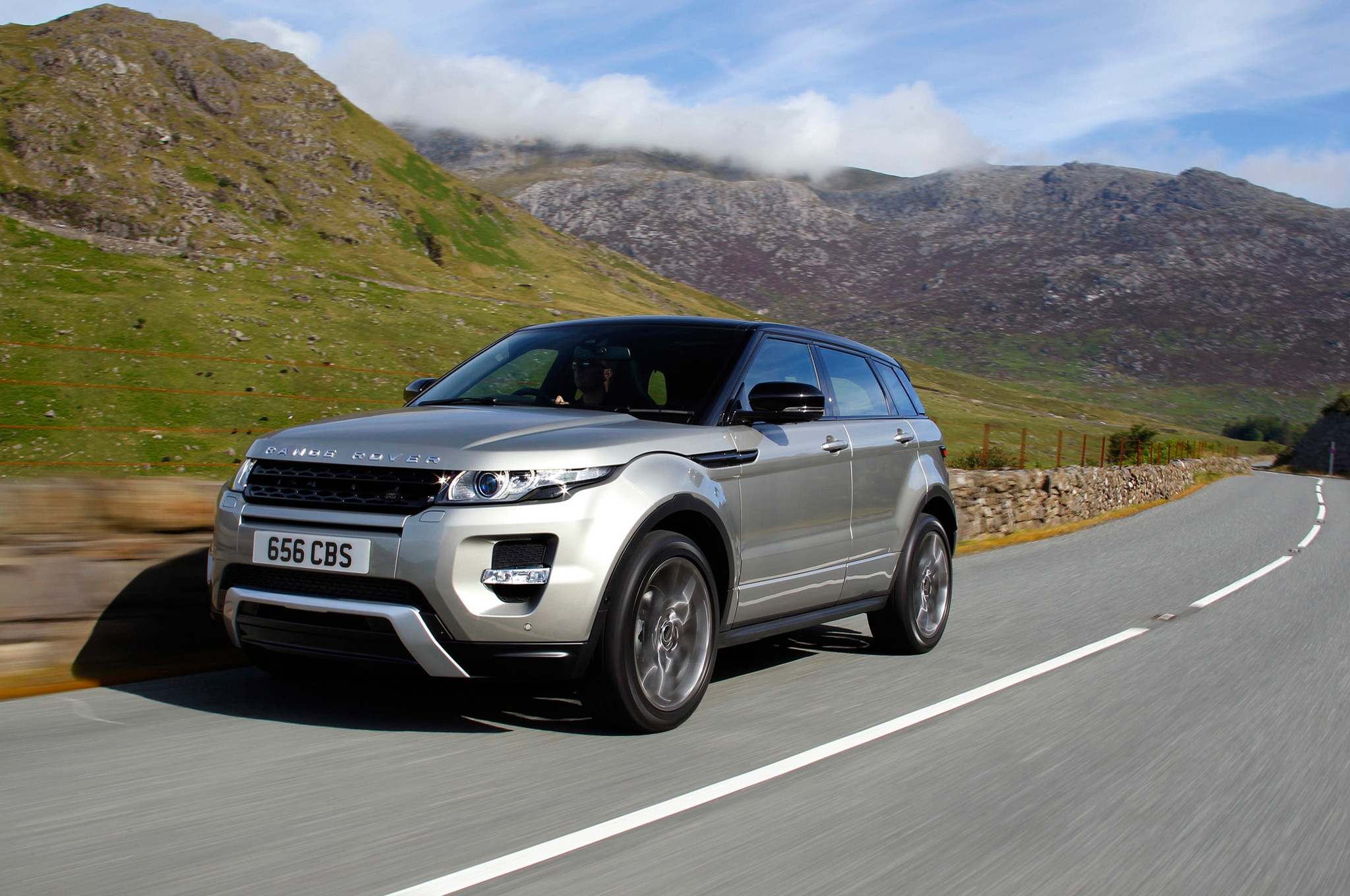 2013 Land Rover Range Rover Evoque Front Three Quarters In Motion 41