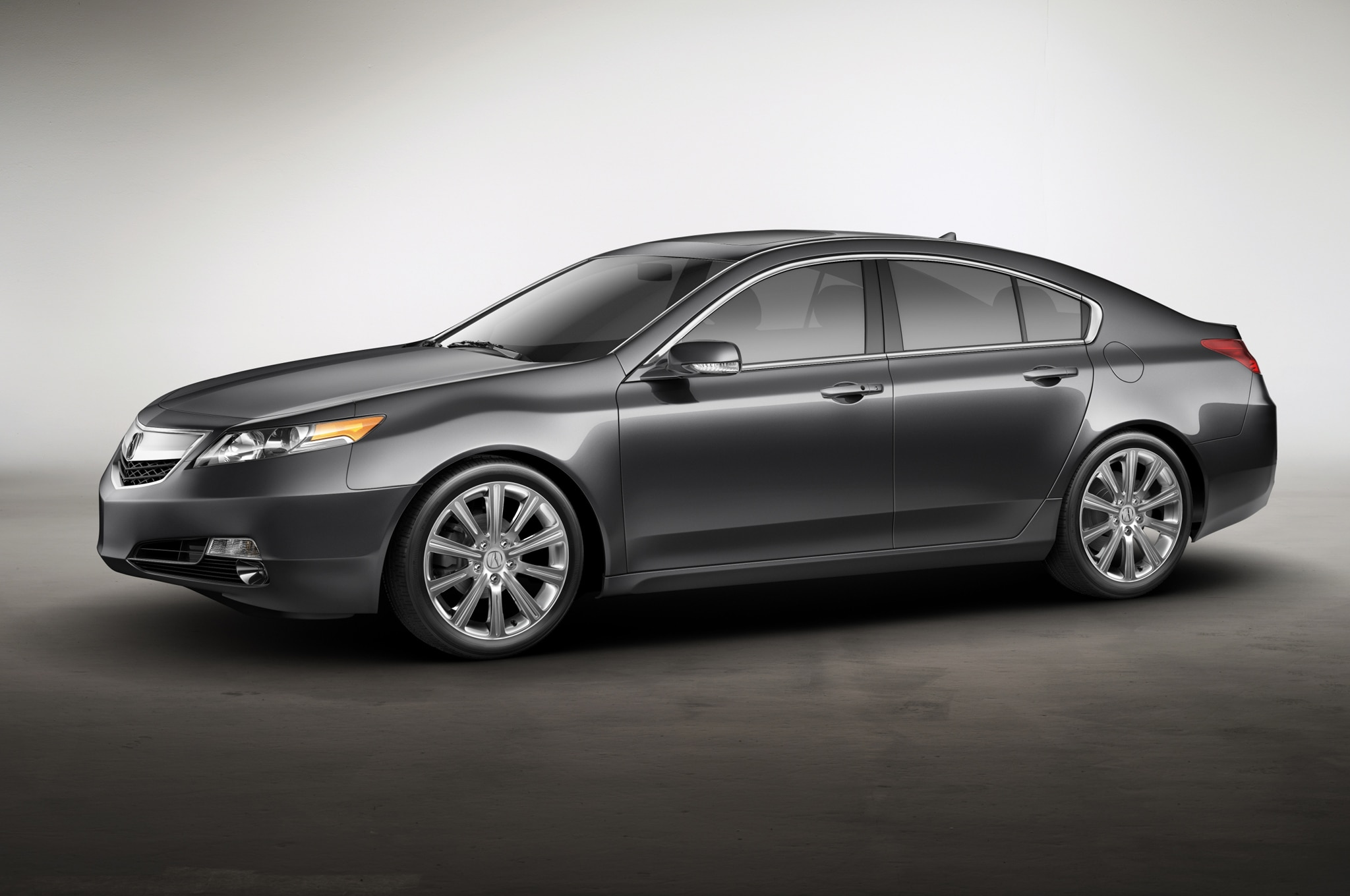 2014 Acura TL Special Edition Front Three Quarter1