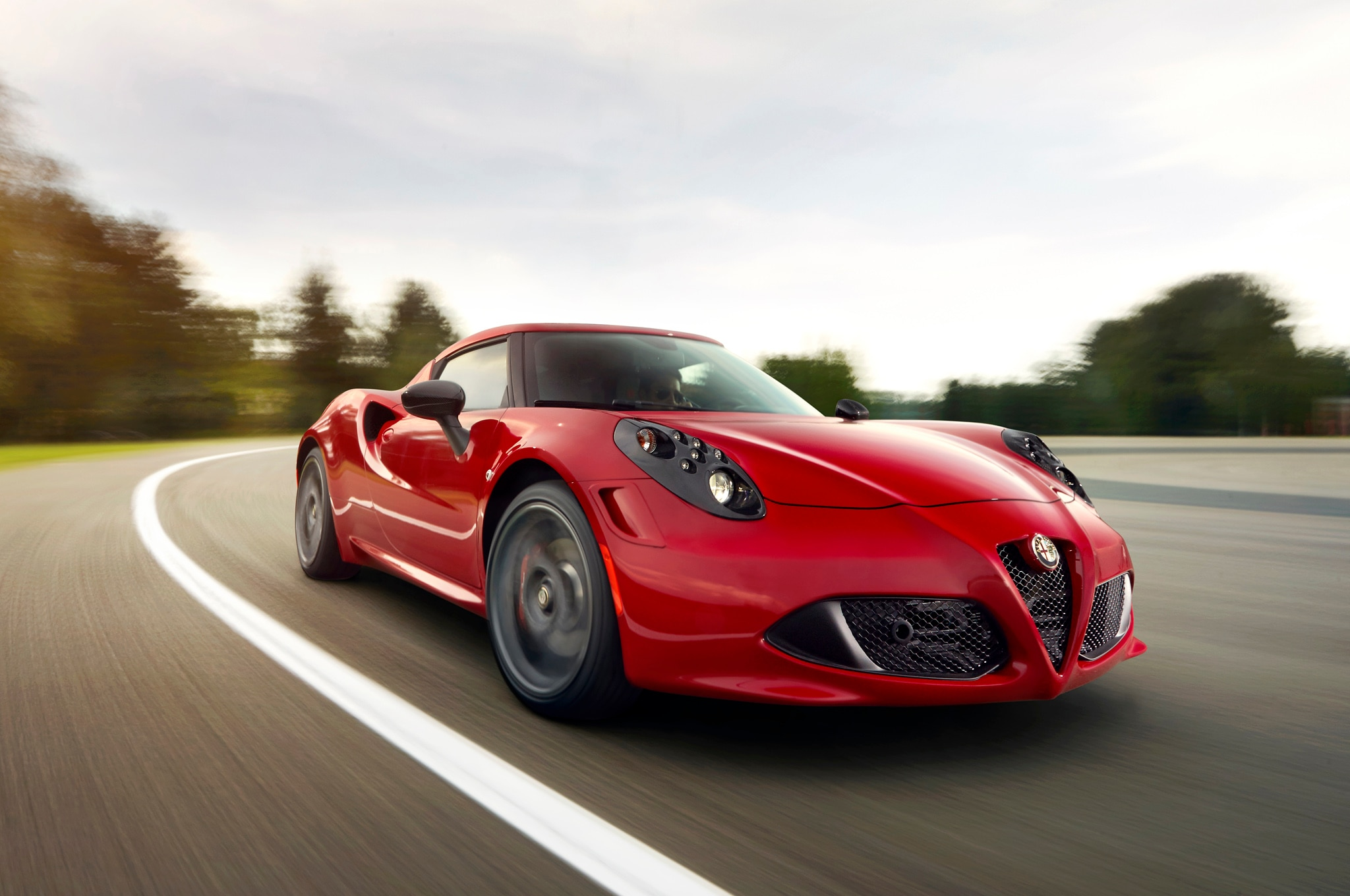 2014 Alfa Romeo 4C Front Right View1