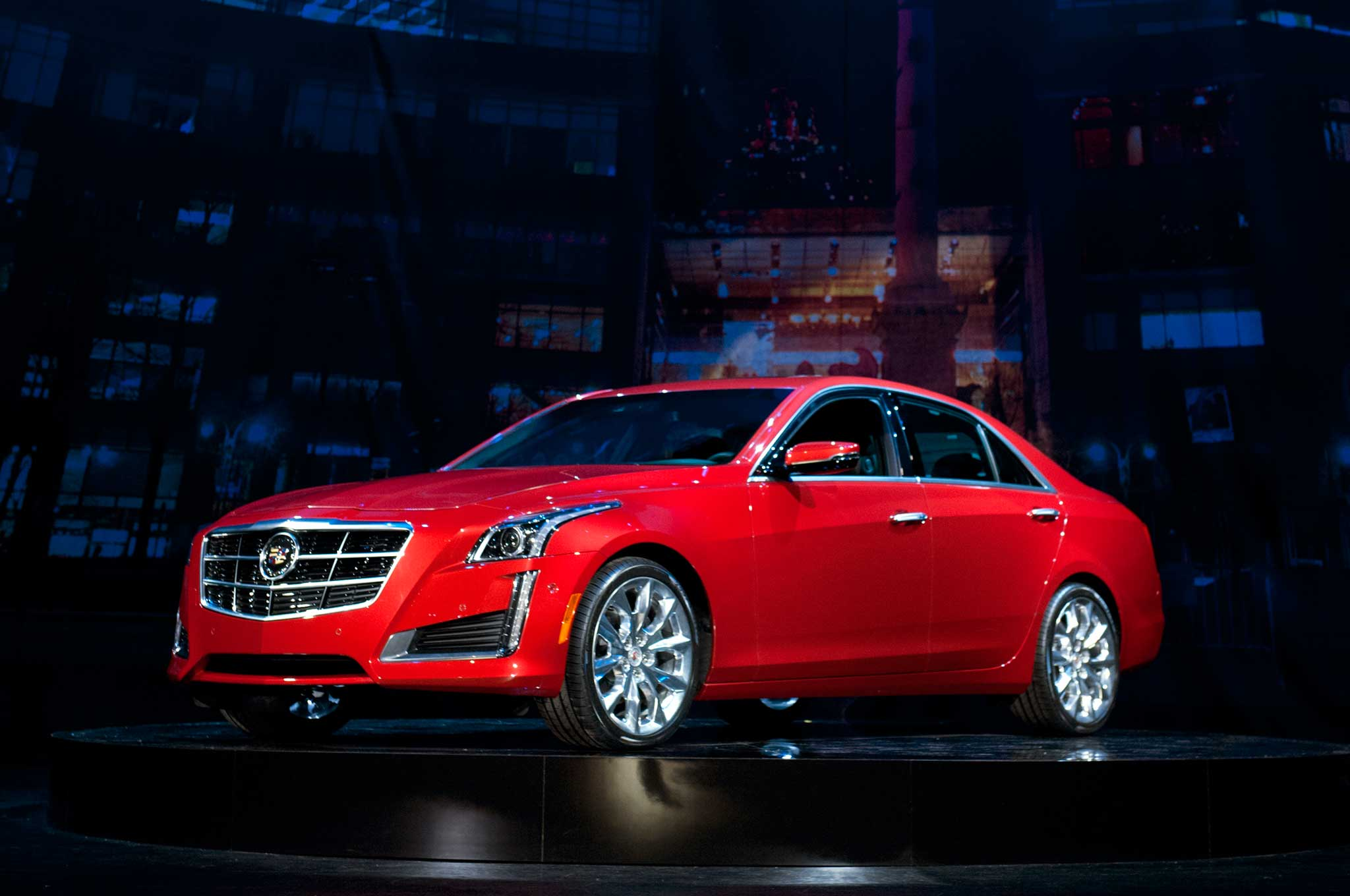 2014 Cadillac CTS Front Three Quarter Red1
