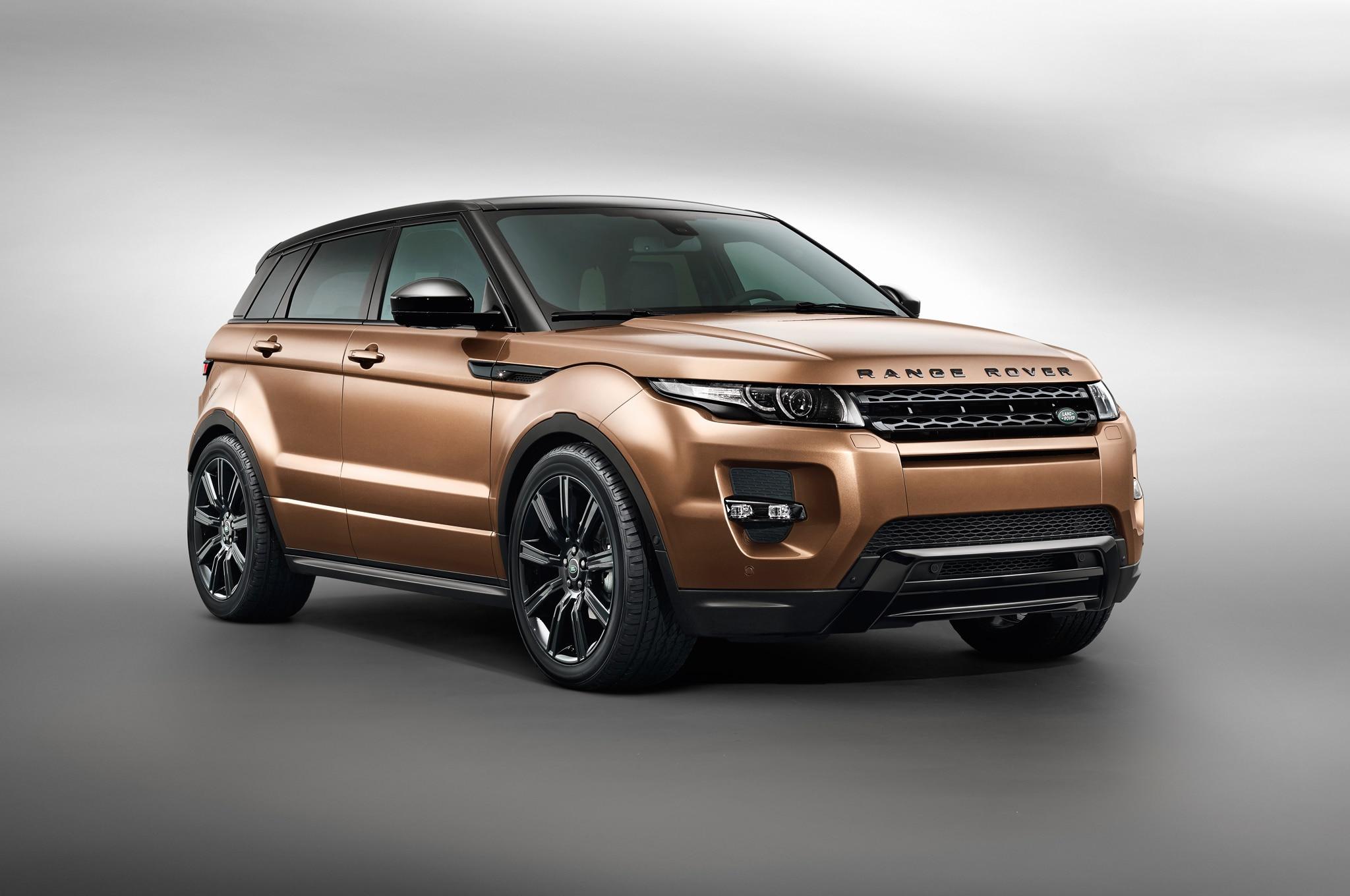 2014 Land Rover Range Rover Evoque Front Three Quarter1