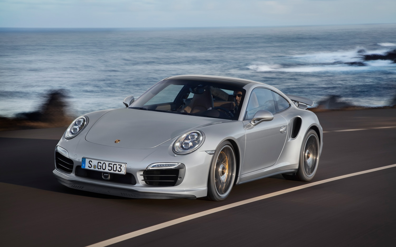 2014 Porsche 911 Turbo S Front Three Quarters In Motion 21