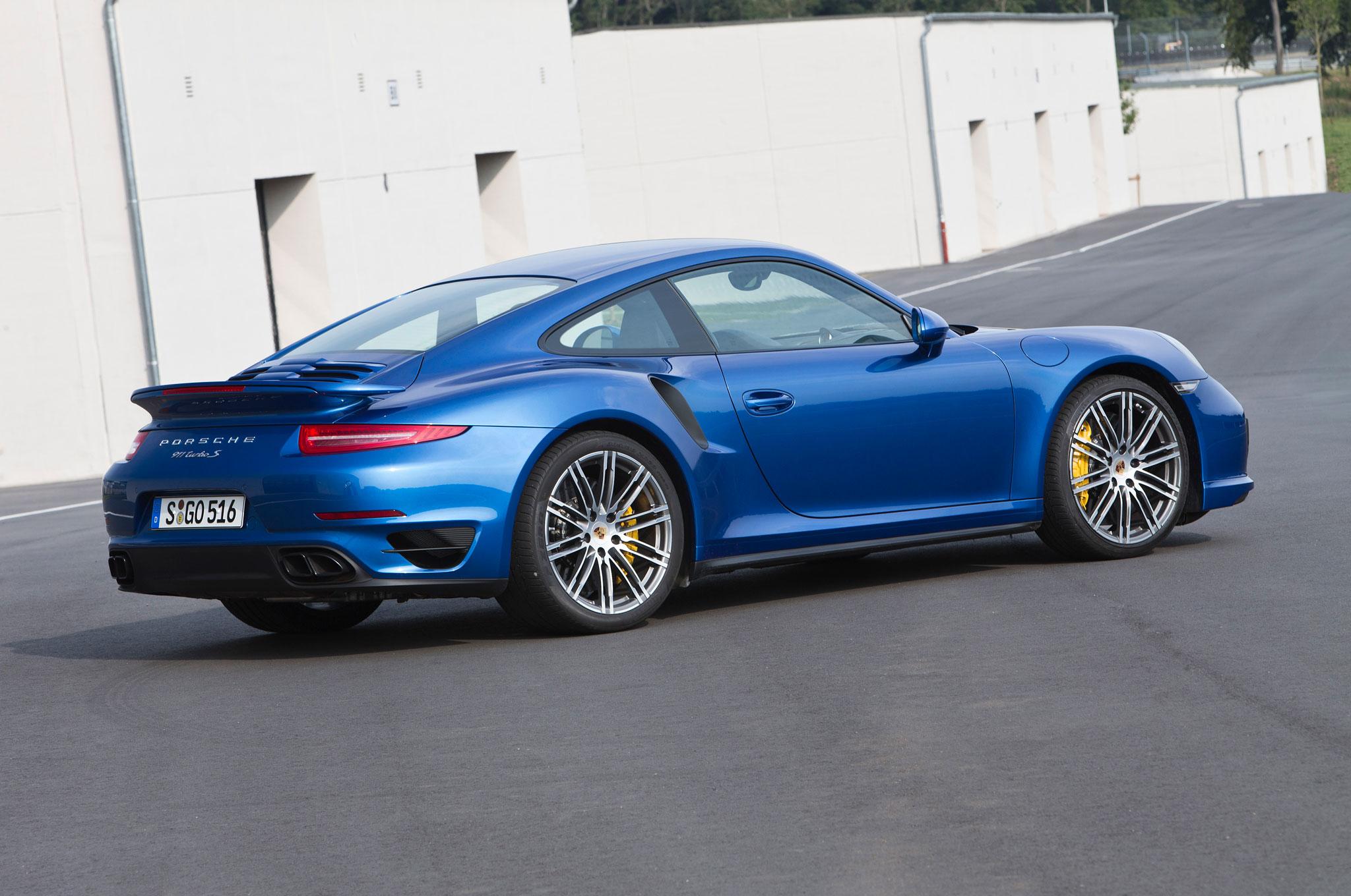 2014 porsche 911 turbo s rear right side view - 911 Porsche Turbo 2014