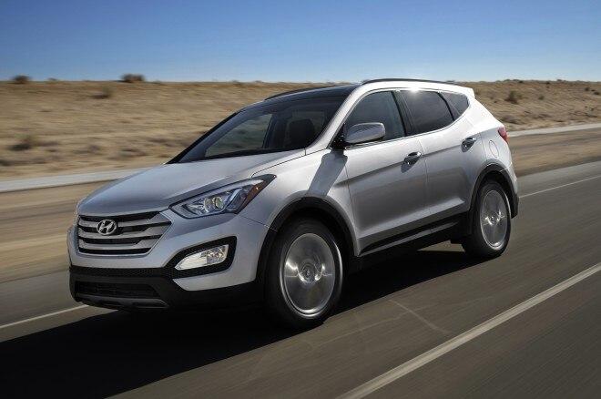 2014 Hyundai Santa Fe Sport Front Three Quarters1 660x438