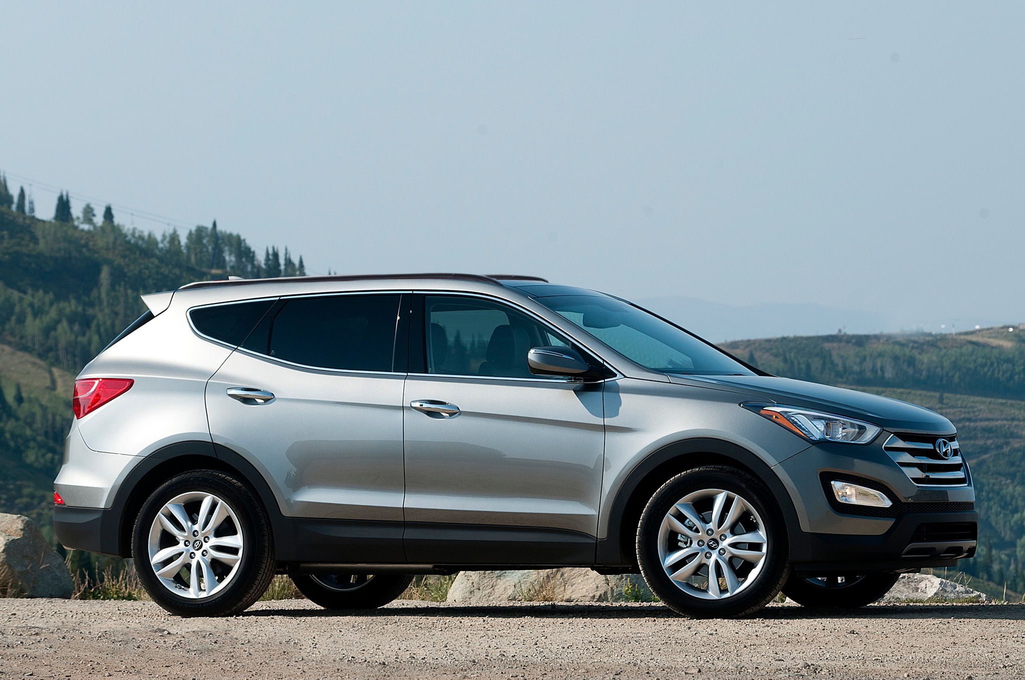 2014 hyundai santa fe sport priced at 25 605. Black Bedroom Furniture Sets. Home Design Ideas