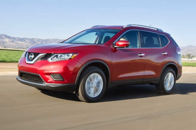 2014 Nissan Rogue Front Three Quarter Red1 660x438