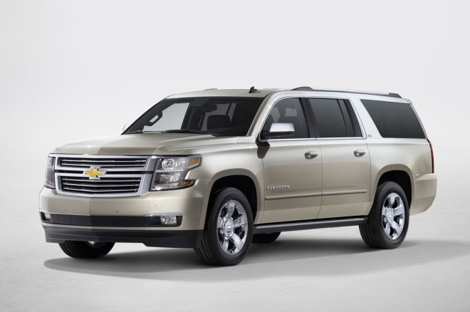 2015 Chevrolet Suburban Front View1 660x438