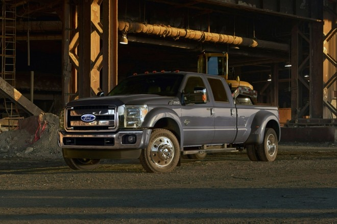2015 Ford F 450 Front Left View 660x438
