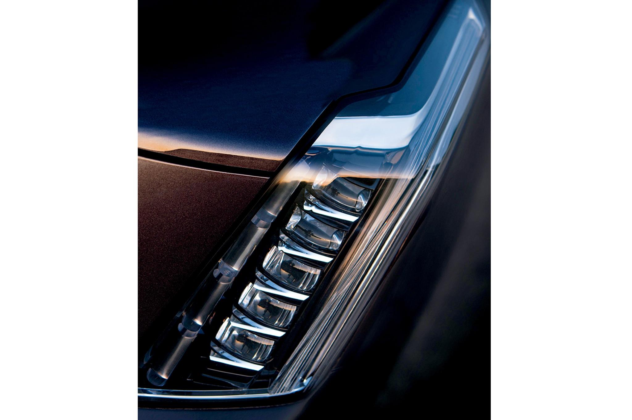 2015 Cadillac Escalade Teaser Headlight1