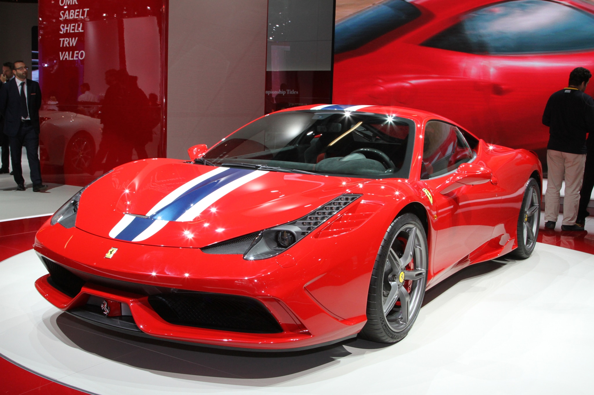 Ferrari 458 Speciale Front Three Quarter1