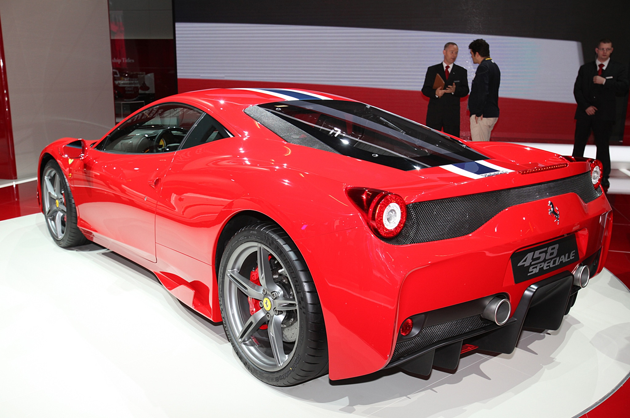 2014 ferrari 458 speciale first look automobile magazine. Black Bedroom Furniture Sets. Home Design Ideas