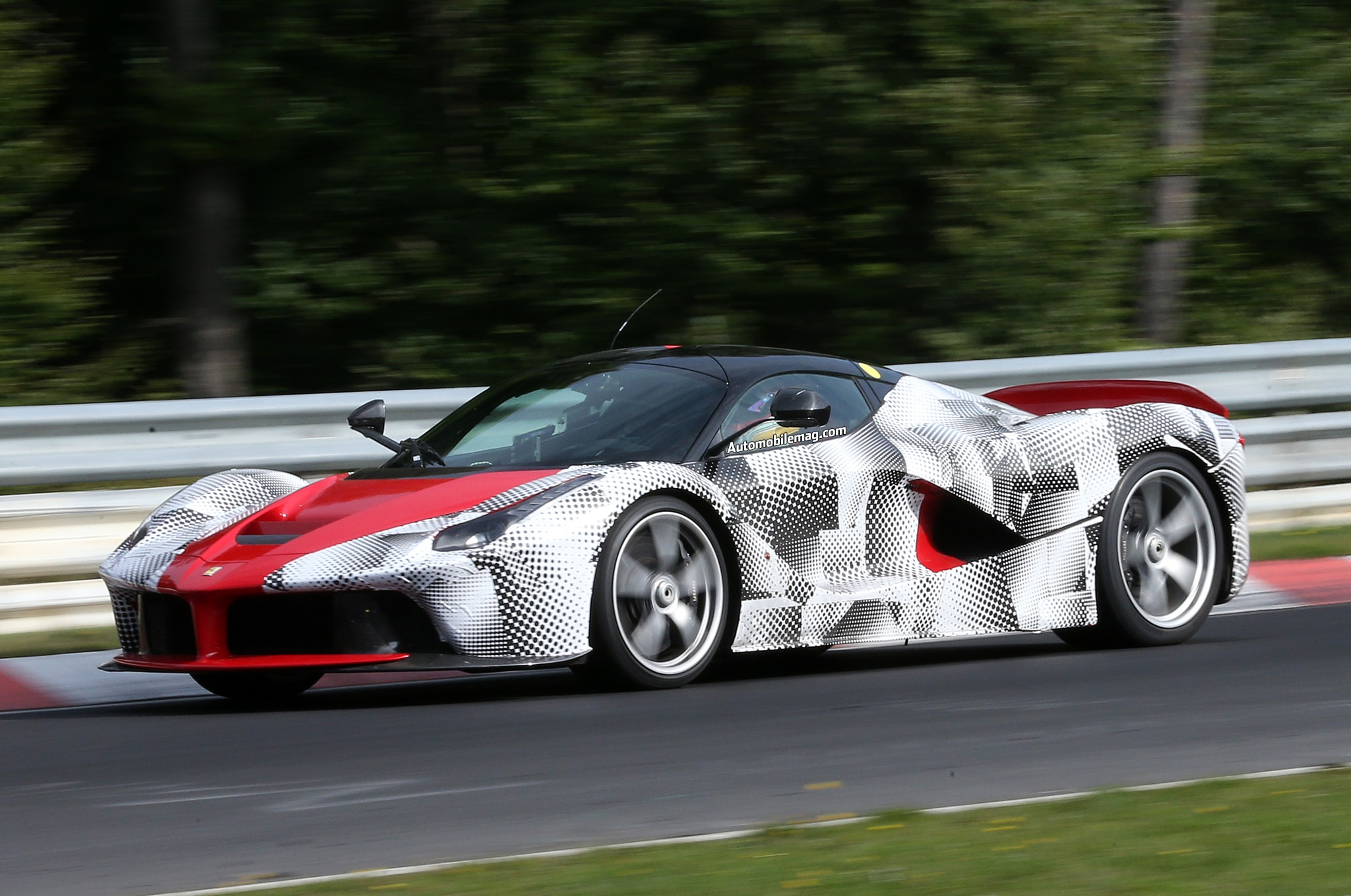 ferrari laferrari spied on n rburgring. Black Bedroom Furniture Sets. Home Design Ideas