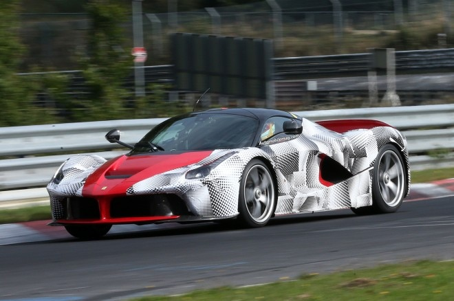 Ferrari LaFerrari Spied Front Three Quarter 21 660x438