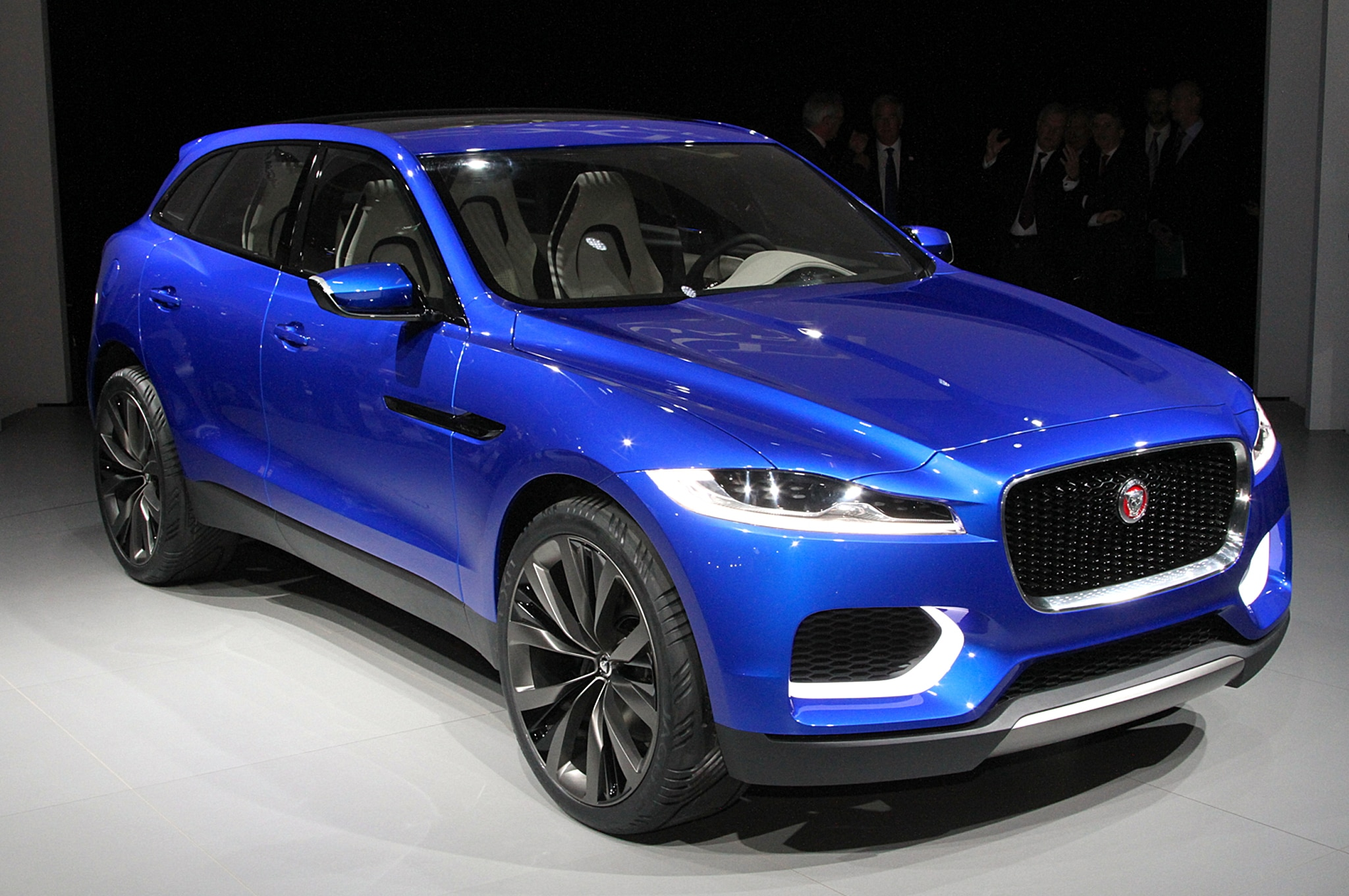 Jaguar C X17 Crossover Concept Front Three Quarter1