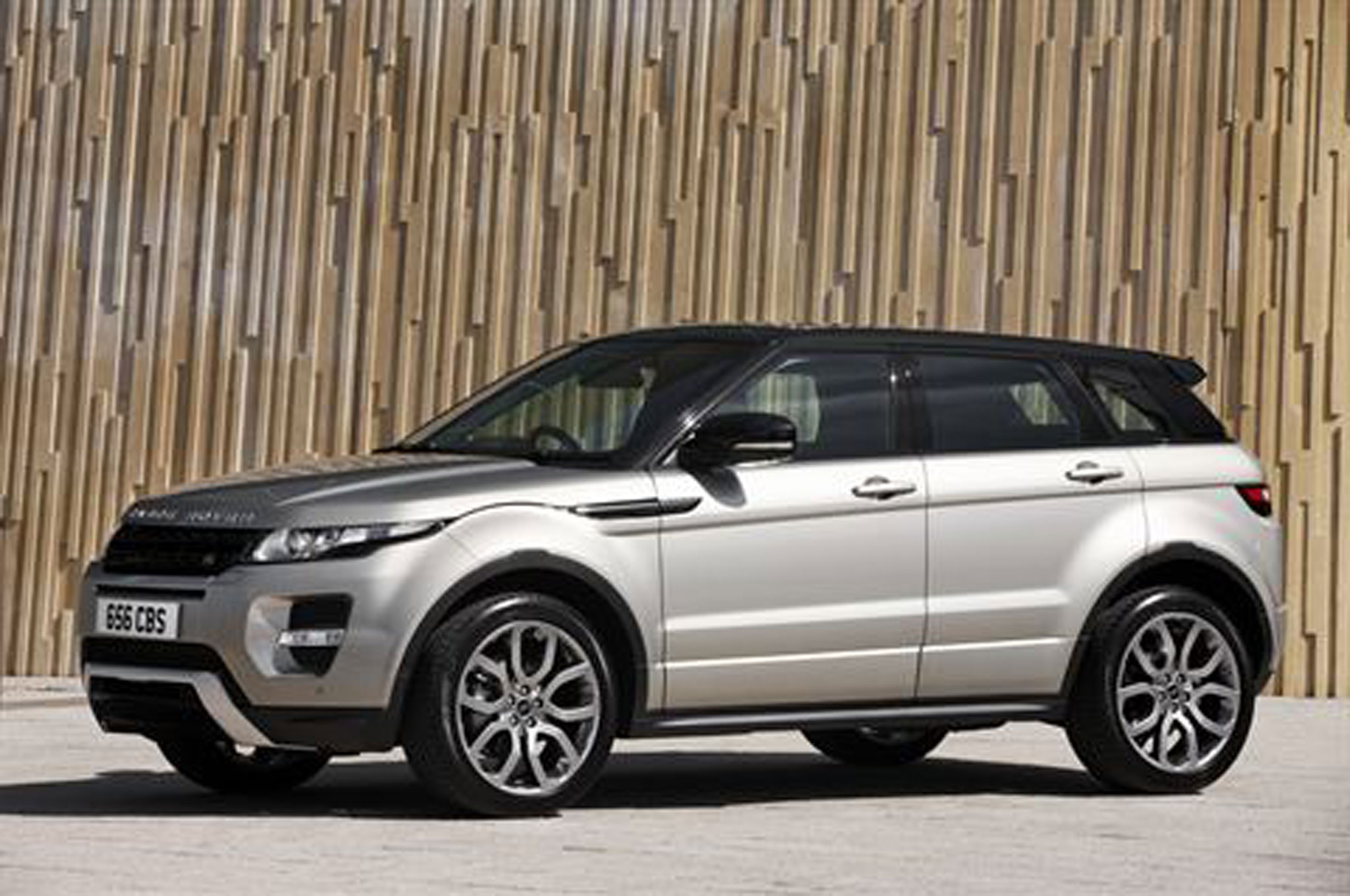 Land Rover Range Rover Evoque E Left Side View