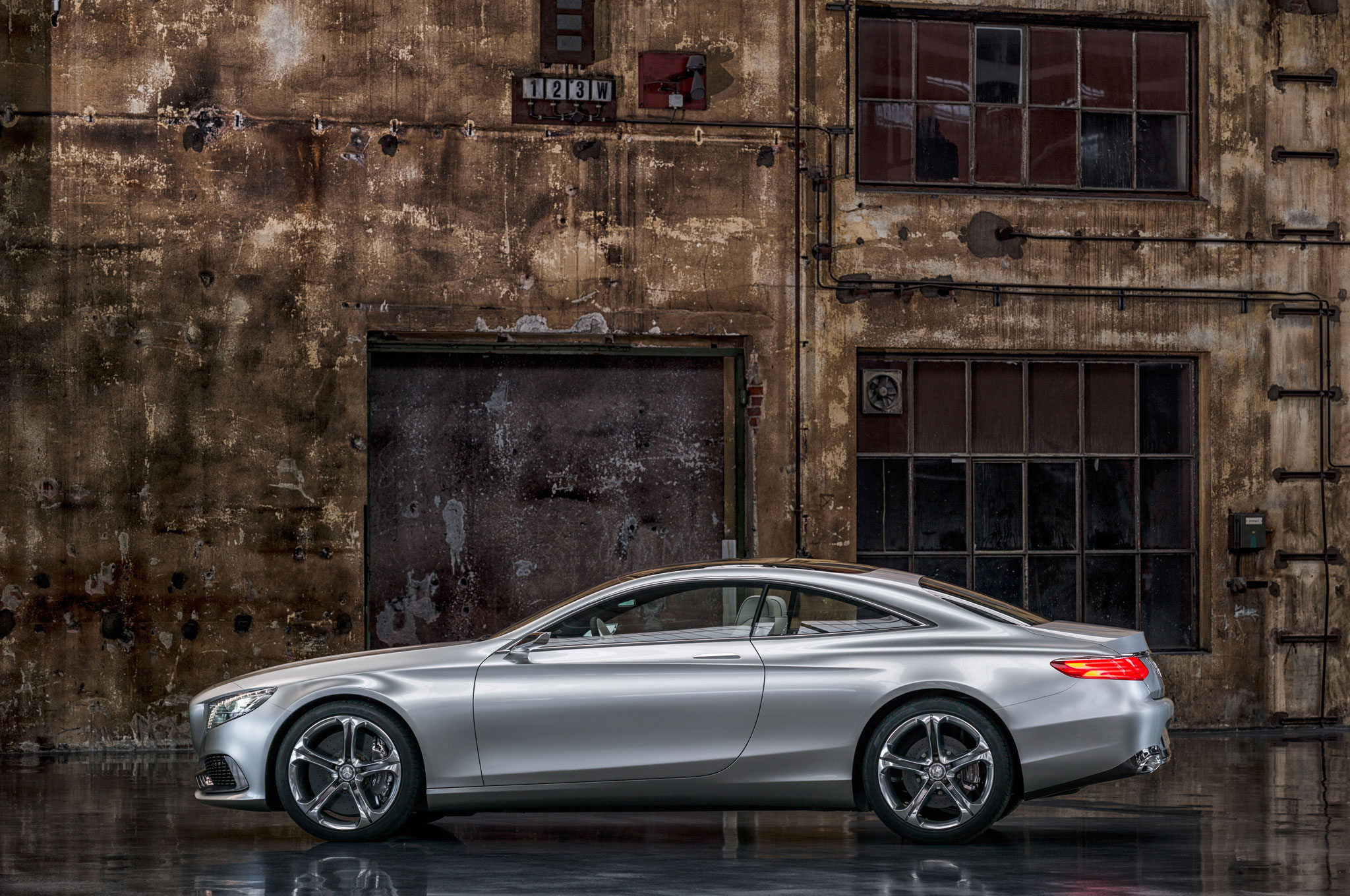 Mercedes benz concept s class coupe first look for 2013 mercedes benz s class coupe
