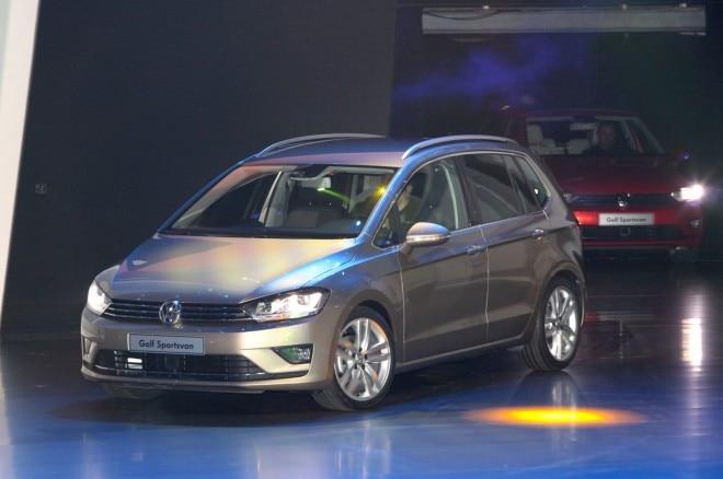 Volkswagen Golf Sportsvan Concept Front Three Quarters1 660x438