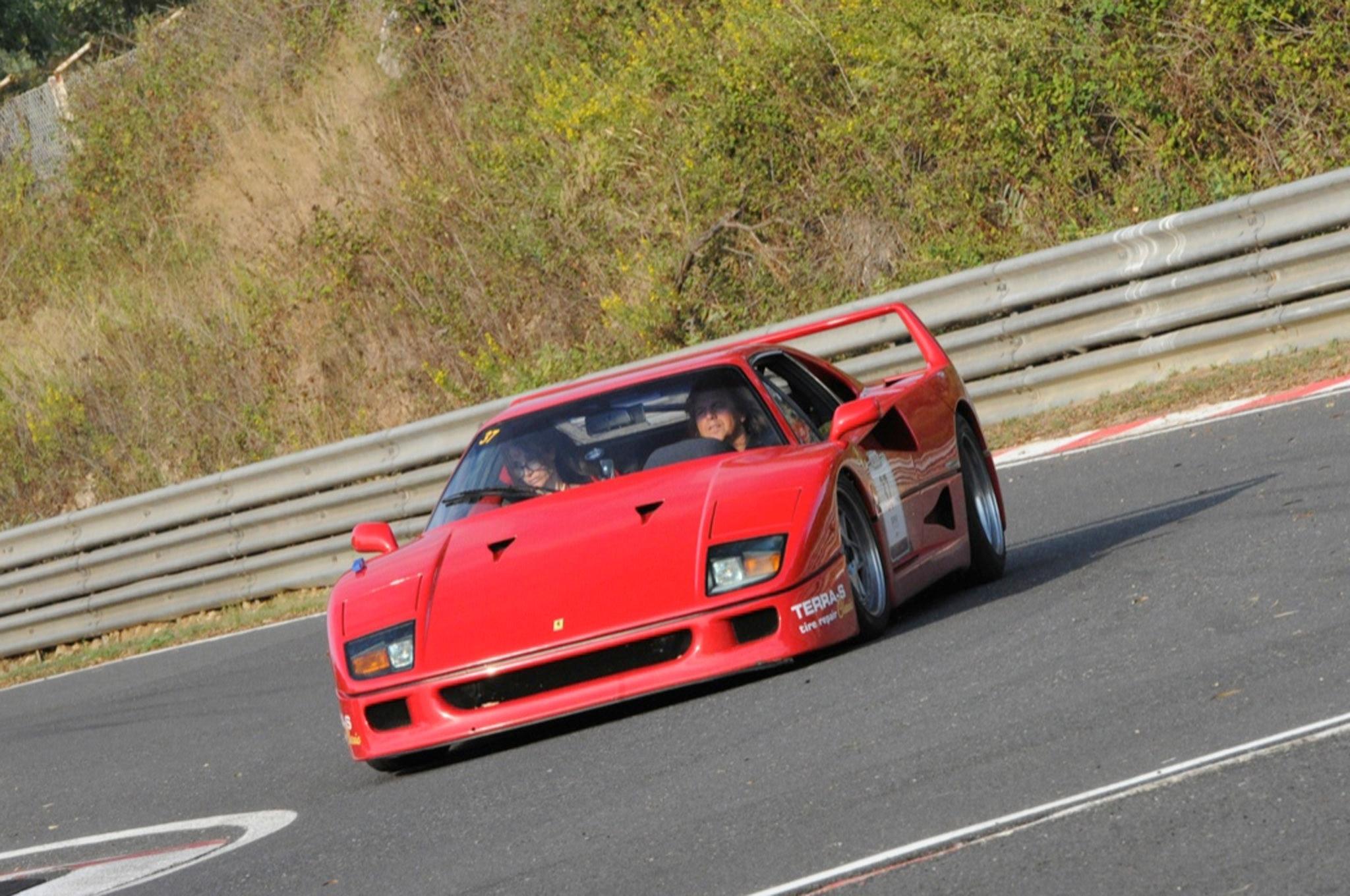 Ferrari F40 21