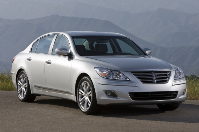 2011 Hyundai Genesis Sedan Front Three Quarters1 660x438