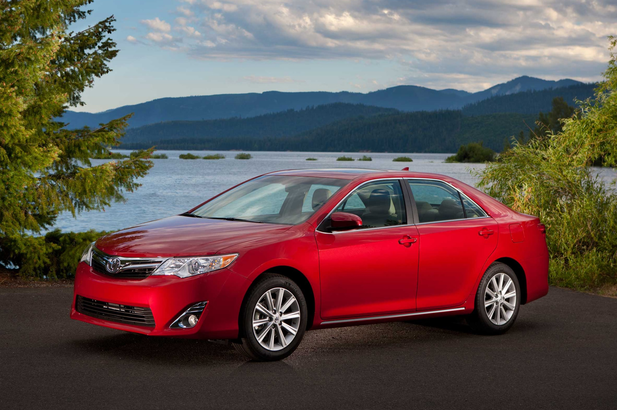 Used 2014 Toyota Camry For Sale  CarGurus