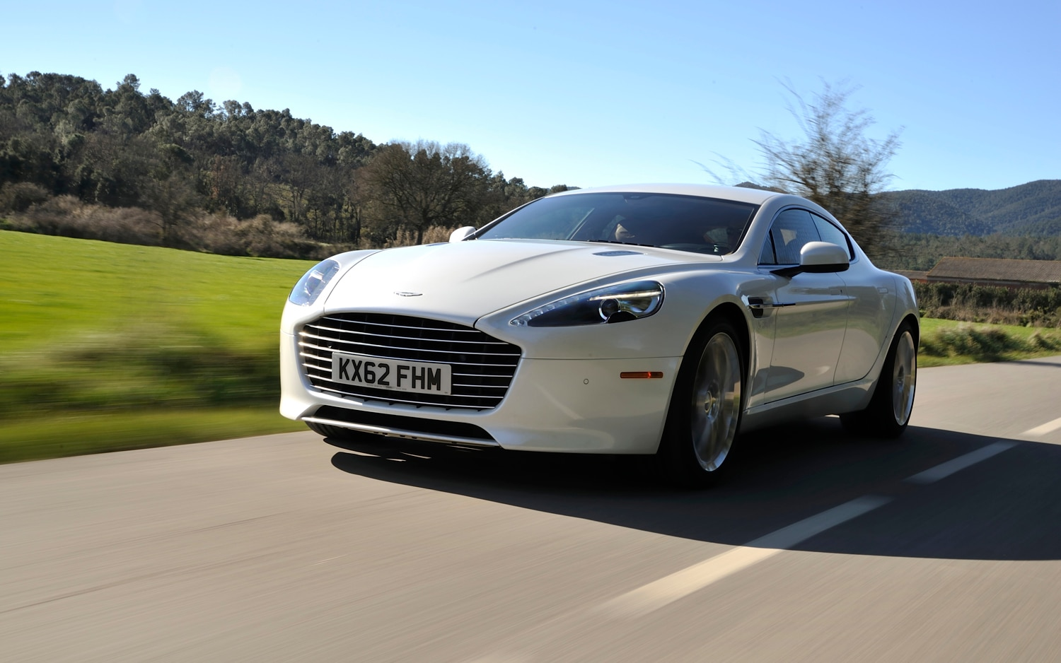 2014 Aston Martin Rapide S Front Left View 21