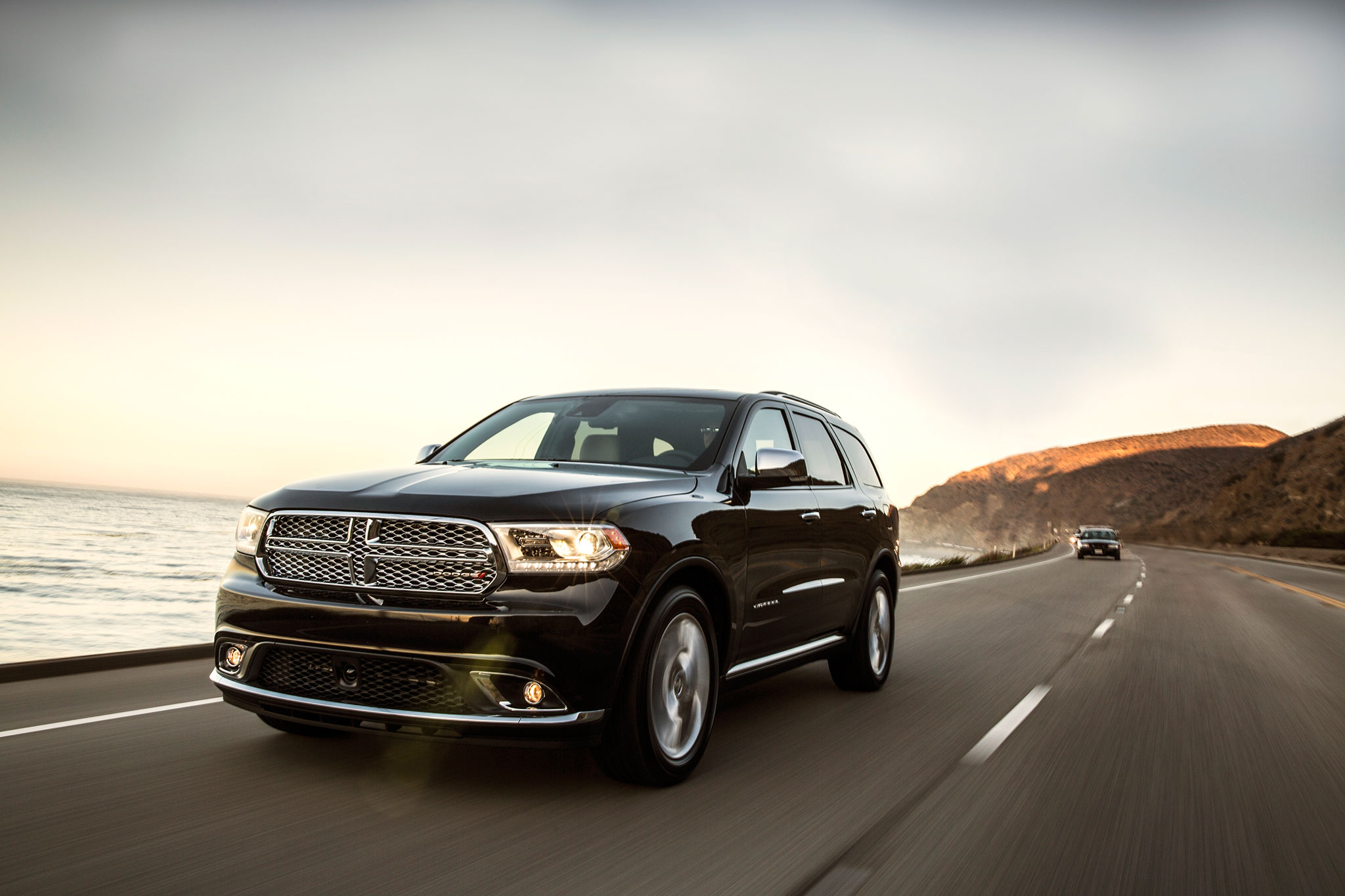 2014 Dodge Durango Citadel Drivers Three Quarters In Motion1