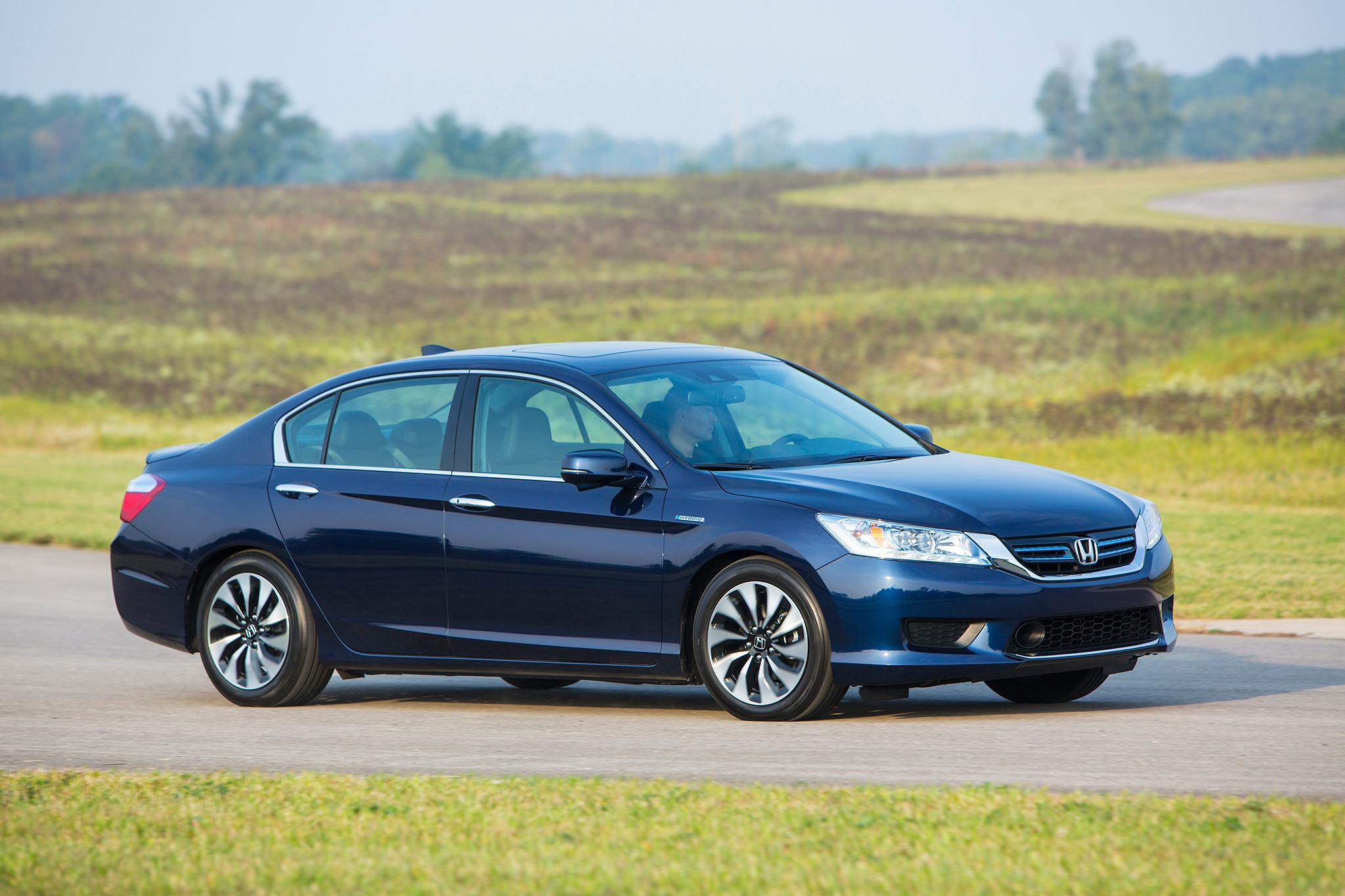 2014 Honda Accord Hybrid Touring Passengers Side In Motion1