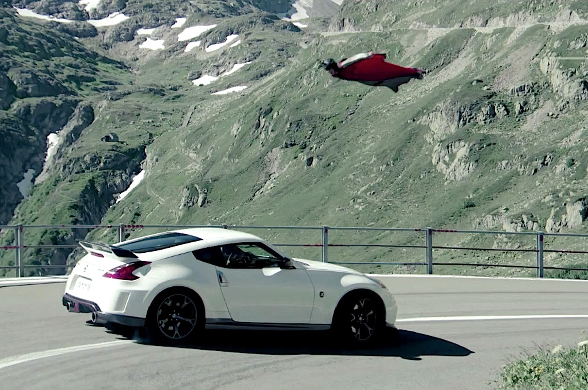 2014 Nissan 370Z Nismo Vs Gravity
