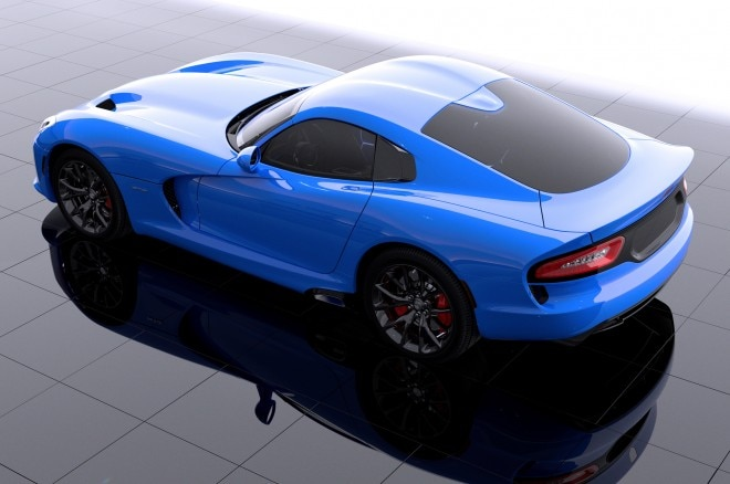 2014 SRT Viper GTS In New Blue Color Rear View1 660x438