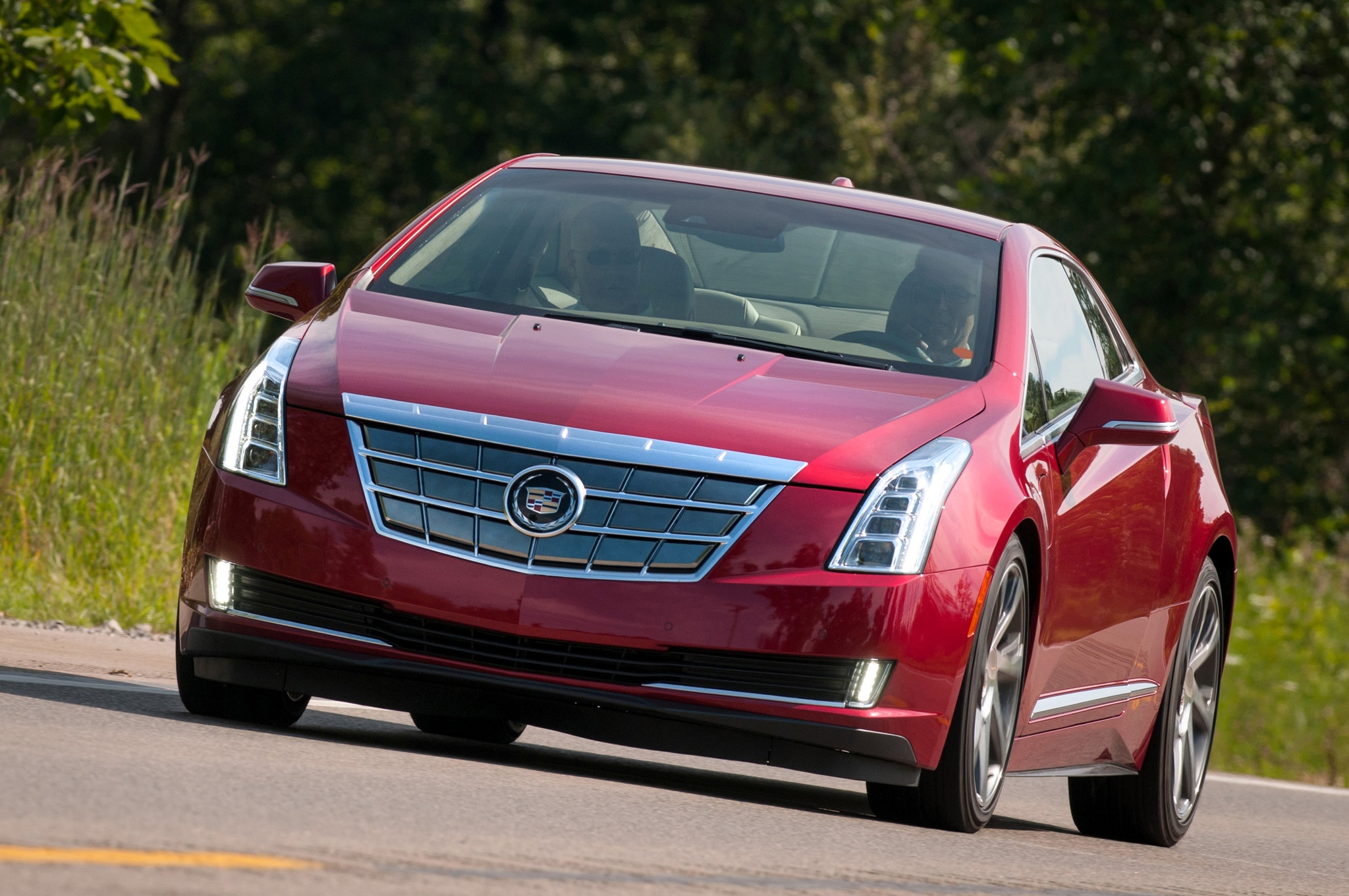 2014 Cadillac Elr Front Three Quarters11