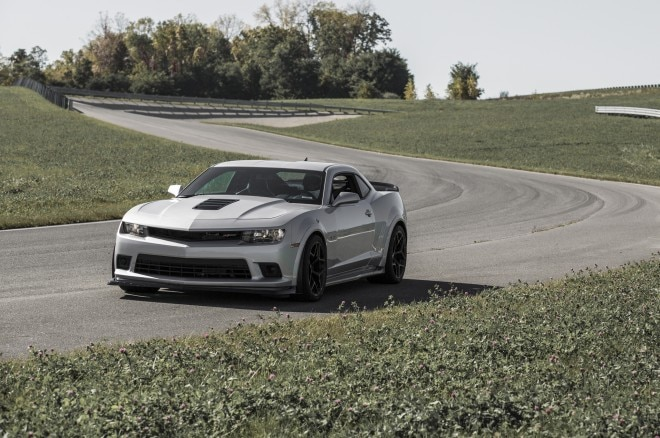 2014 Chevrolet Camaro Z28 Front Three Quarters1 660x438