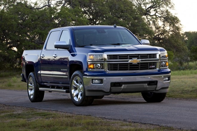 2014 Chevrolet Silverado Front Three Quarters1 660x438