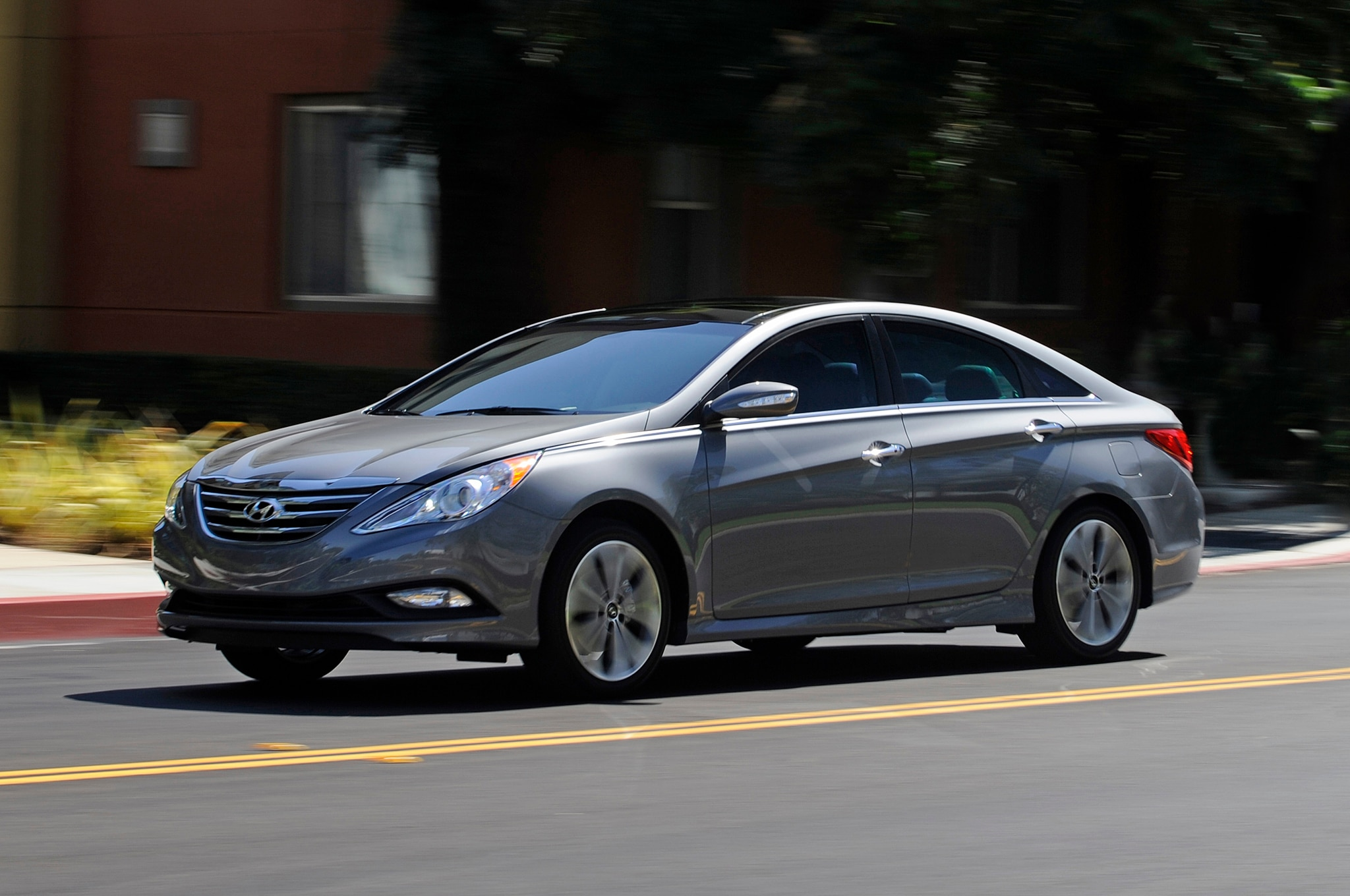 2014 hyundai sonata updated priced from 22 145. Black Bedroom Furniture Sets. Home Design Ideas
