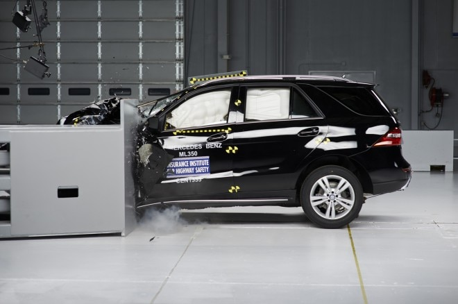 2014 Mercedes Ml Crash Test 21 660x438
