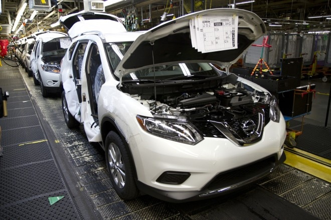 2014 Nissan Rogue Production1 660x438