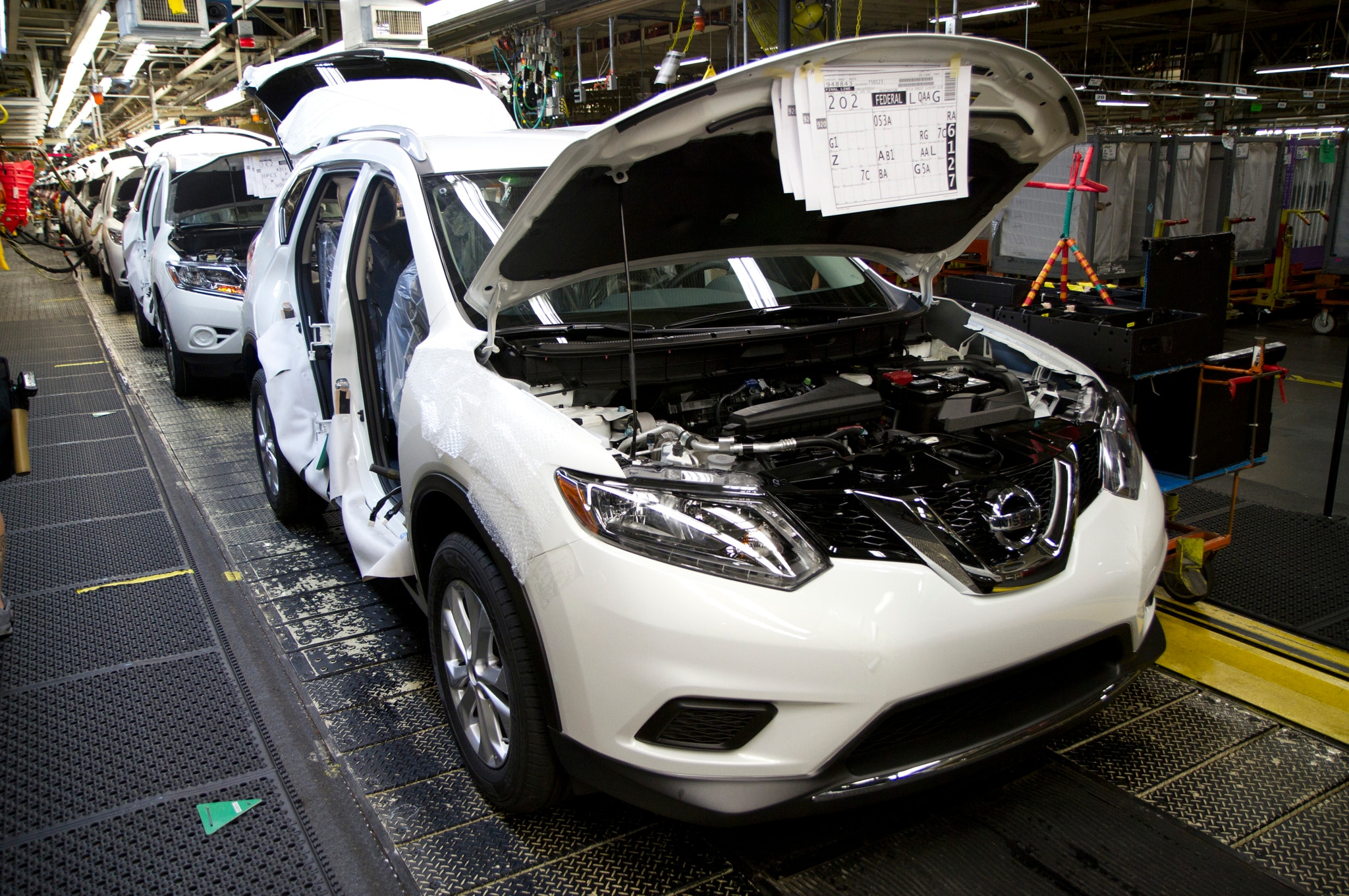 2014 Nissan Rogue Production1