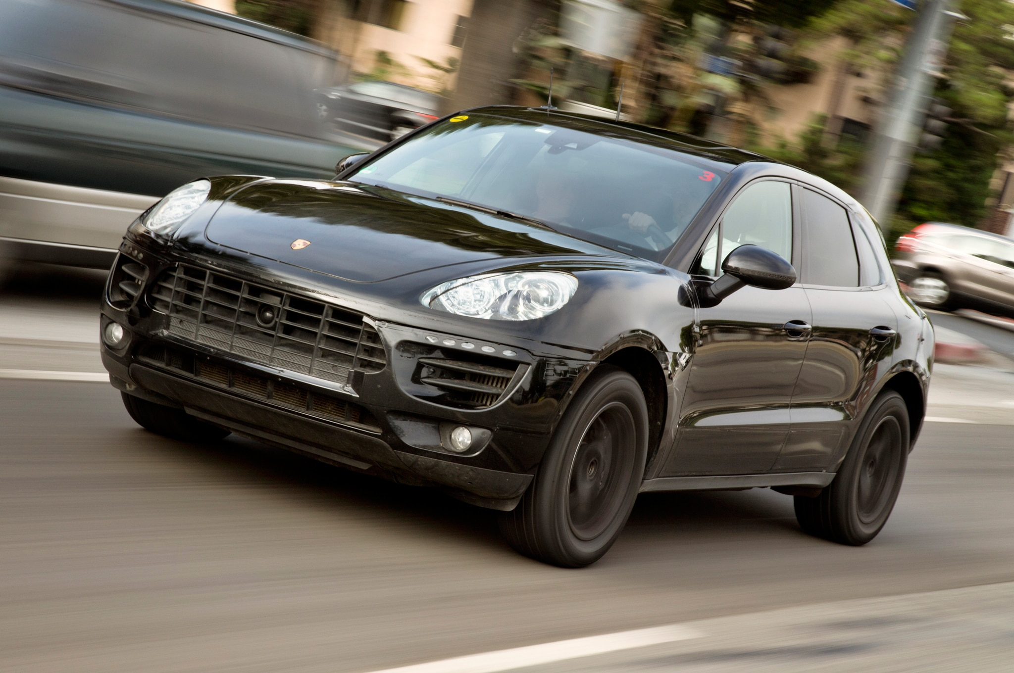 2015 Porsche Macan Prototype Front Three Quarter Motion1