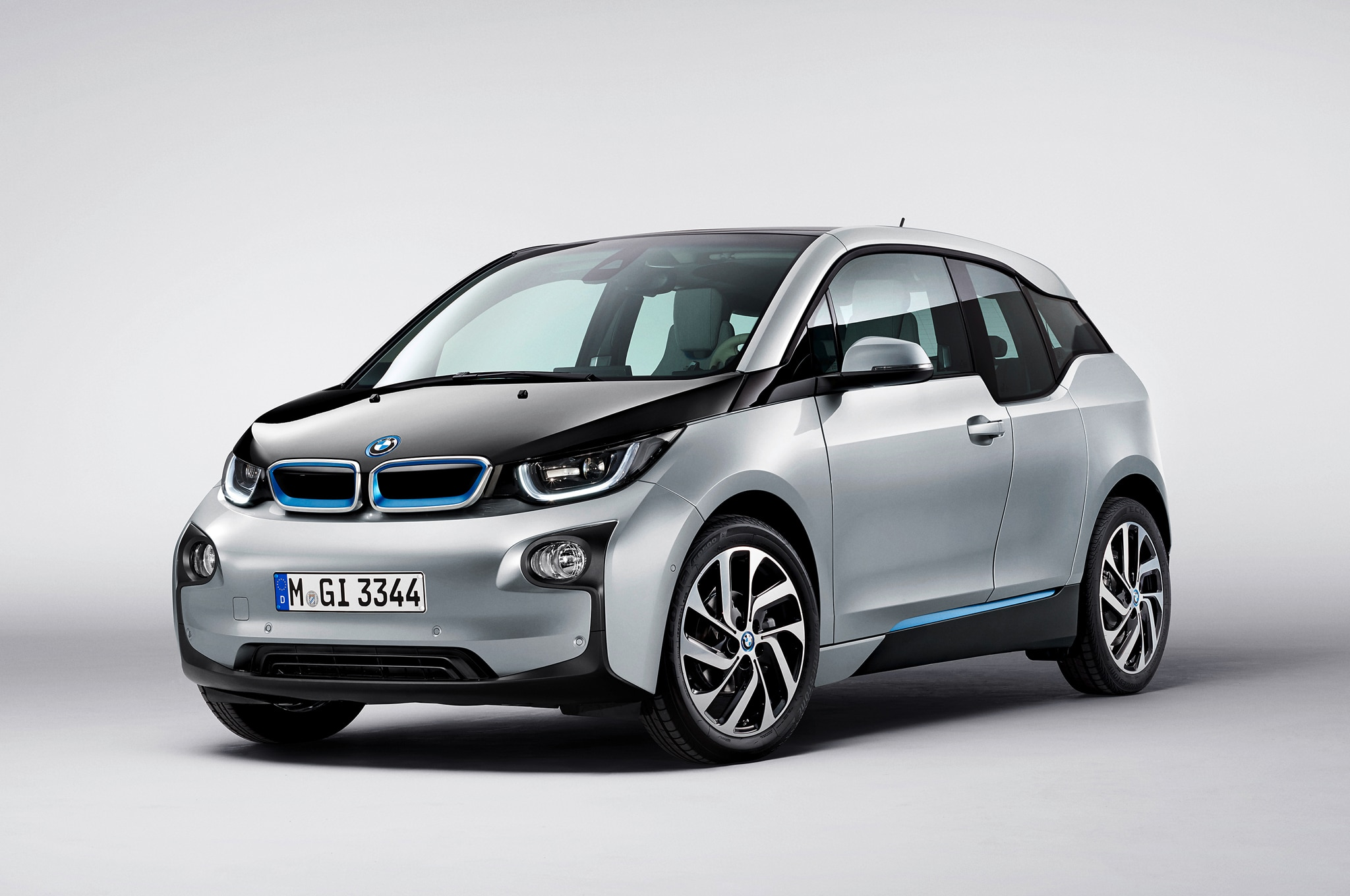 2015 Bmw I3 Front Three Quarters1