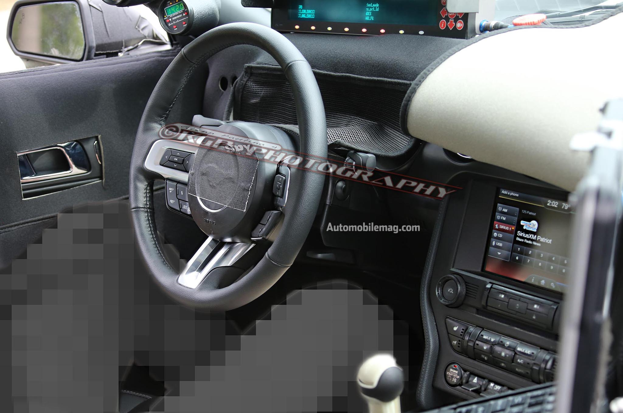 2015 Ford Mustang Spy Dashboard1