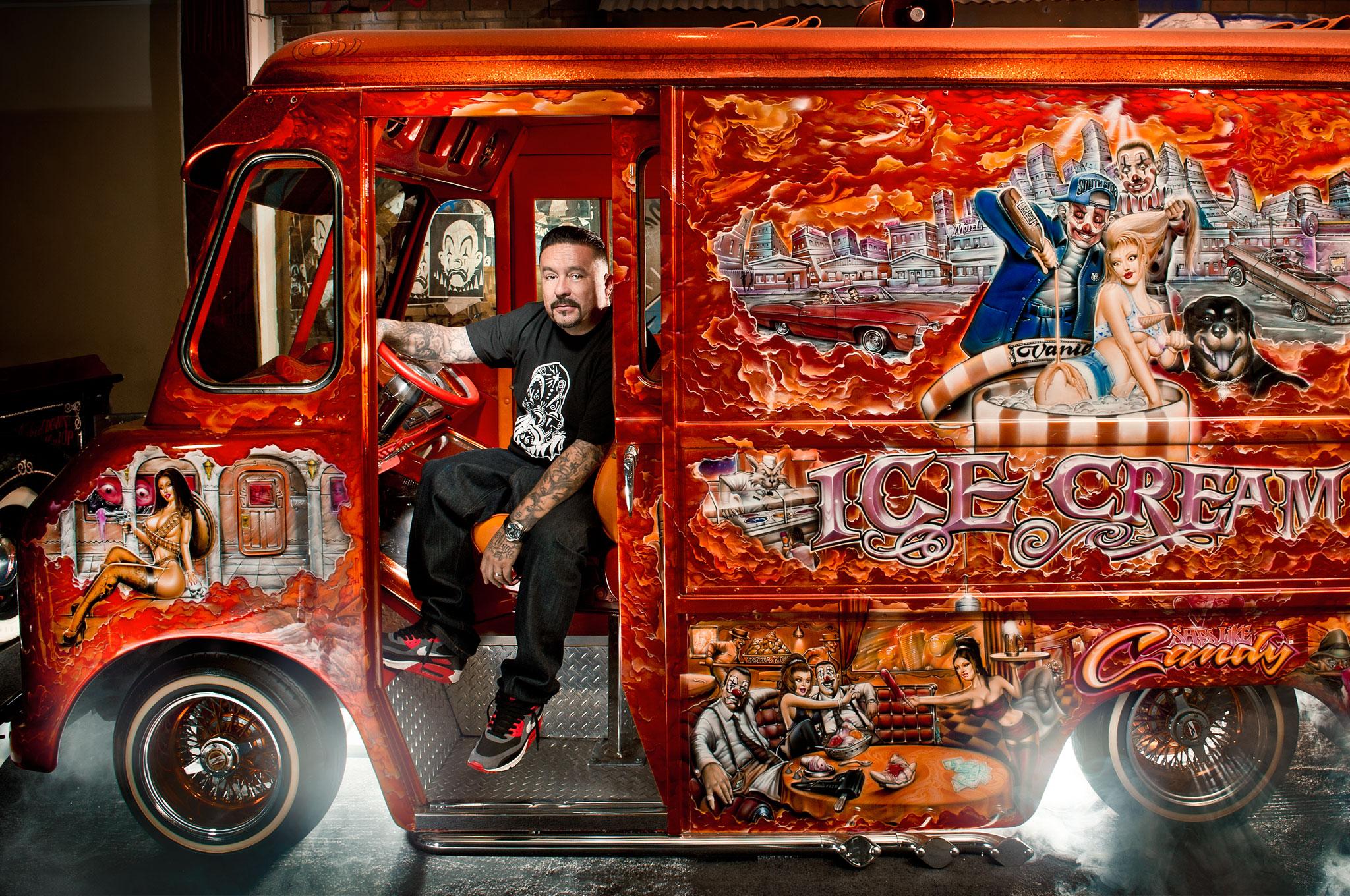 Mister Cartoon Modern Muralist Automobile Magazine