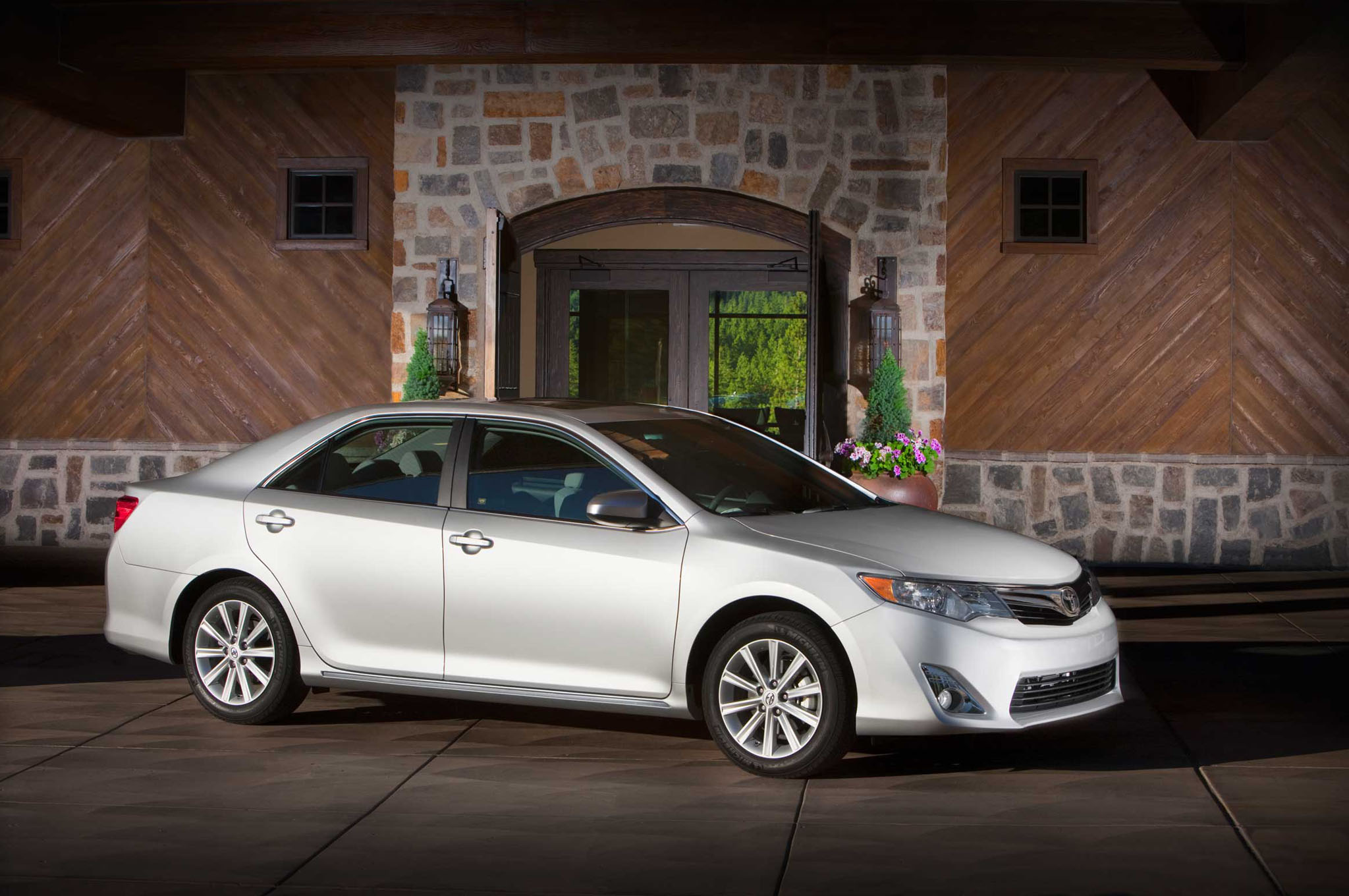 recall 2012 2013 toyota camry avalon and venza. Black Bedroom Furniture Sets. Home Design Ideas